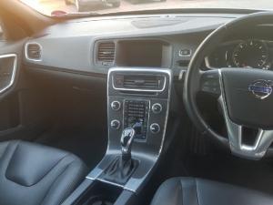 Volvo S60 T4 Momentum - Image 9