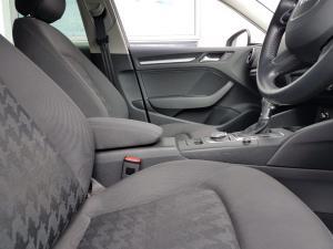 Audi A3 Sportback 1.4T FSI S Stronic - Image 13