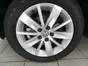 Volkswagen Polo Vivo hatch 1.6 Comfortline - Image 8