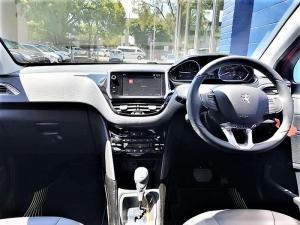 Peugeot 2008 1.2T Puretech Allure automatic - Image 5