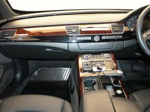 Audi A8 3.0 TDiQuattro TIP - Image 11