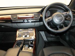Audi A8 3.0 TDiQuattro TIP - Image 6