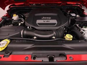 Jeep Wrangler Unltd Rubicon 3.6L V6 automatic - Image 9