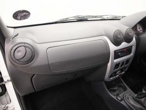 Nissan NP200 1.6 SS/C - Image 11