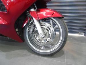 Honda ST 1300 - Image 2