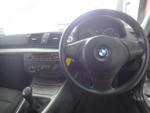 BMW 120i - Image 6