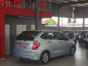 Honda FR-V 1.8i - Image 10