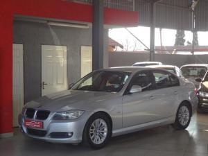 BMW 320i - Image 1