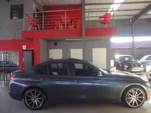 BMW 335i - Image 10