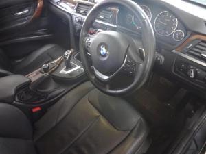 BMW 335i - Image 4