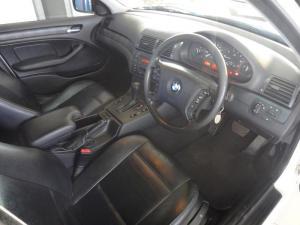 BMW 318i - Image 3