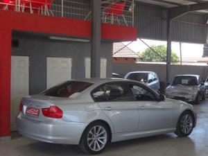 BMW 320d - Image 8