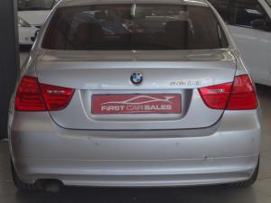 BMW 320d - Image 9