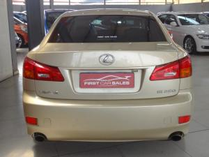 Lexus IS 250 automatic - Image 6