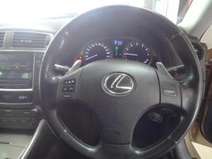 Lexus IS 250 automatic - Image 8