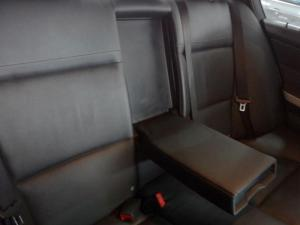 BMW 320d automatic - Image 11