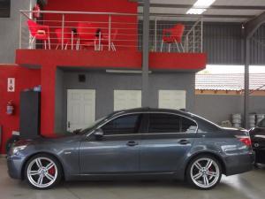 BMW 523i automatic - Image 3