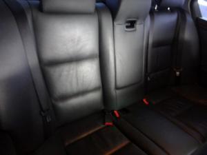 BMW 523i automatic - Image 5