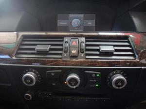 BMW 523i automatic - Image 6
