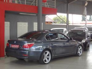 BMW 523i automatic - Image 8