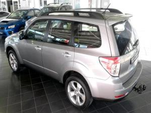 Subaru Forester 2.5 XT automatic - Image 3