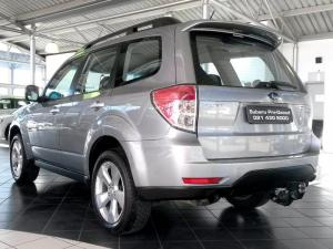 Subaru Forester 2.5 XT automatic - Image 4