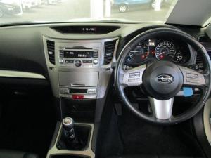 Subaru Outback 2.0D Premuim - Image 6