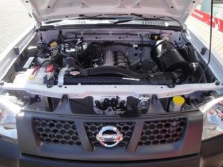 Nissan Hardbody NP300 2.0i LWBS/C