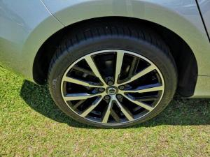 Volvo V40 D3 Momentum Geartronic - Image 13