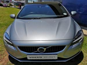 Volvo V40 D3 Momentum Geartronic - Image 3