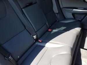 Volvo XC60 D4 Momentum Geartronic - Image 8