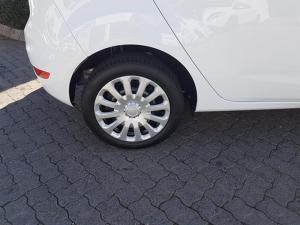 Ford Fiesta 1.0 Ecoboost Ambiente 5-Door - Image 4