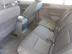 Ford Everest 2.2 TdciXLS 4X4 - Image 9