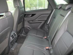 Jaguar F-PACE 2.0 i4D AWD R-SPORT - Image 9