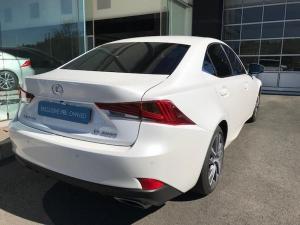 Lexus IS 200T EX/300 EX - Image 16
