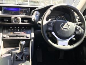 Lexus IS 200T EX/300 EX - Image 20