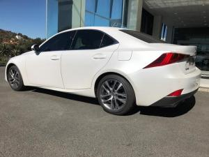 Lexus IS 200T EX/300 EX - Image 6