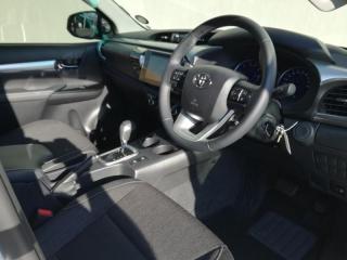 Toyota Hilux 2.8 GD-6 Raider 4X4D/C automatic