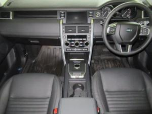 Land Rover Discovery Sport 2.0i4 D HSE LUX - Image 12