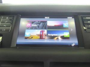 Land Rover Discovery Sport 2.0i4 D HSE LUX - Image 14
