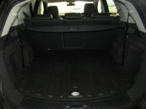 Land Rover Discovery Sport 2.0i4 D HSE LUX - Image 18