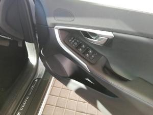 Volvo V40 CC D4 Inscription Geartronic - Image 16