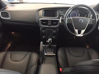 Volvo V40 T4 Momentum Geartronic