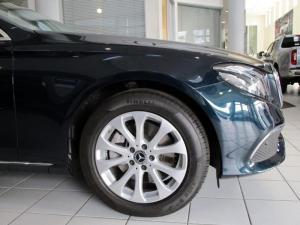 Mercedes-Benz E 250 - Image 10