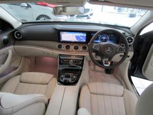 Mercedes-Benz E 250 - Image 12
