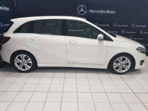 Mercedes-Benz B 200 Urban Line automatic - Image 2