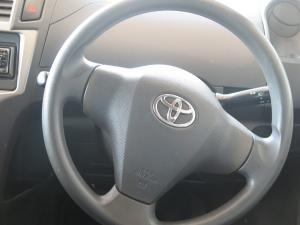 Toyota Yaris ZEN3 ACS 5-Door - Image 9