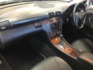 Mercedes-Benz C200K Elegance automatic - Image 10
