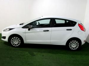 Ford Fiesta 1.0 Ecoboost Ambiente Powershift 5-Door - Image 7