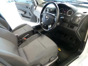 Chevrolet Aveo 1.6 LS hatch - Image 10
